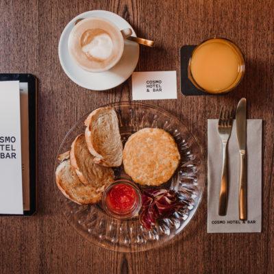 desayuno restaurante cosmo